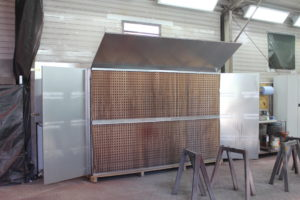 Spritzwand Q-Bic 300-200 in einem Stahlbaubetrieb